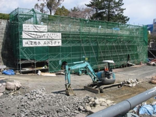 地震で崩れた駿府城の石垣が元の姿に。 サムネイル