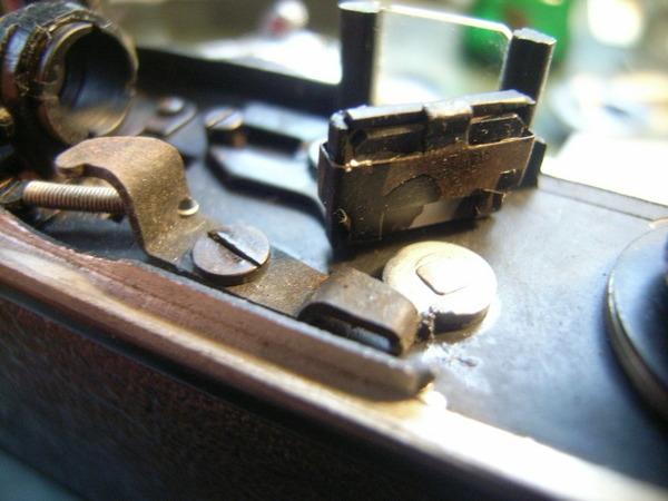 国産初の35ミリレンズシャッターカメラ コニカⅠサムネイル